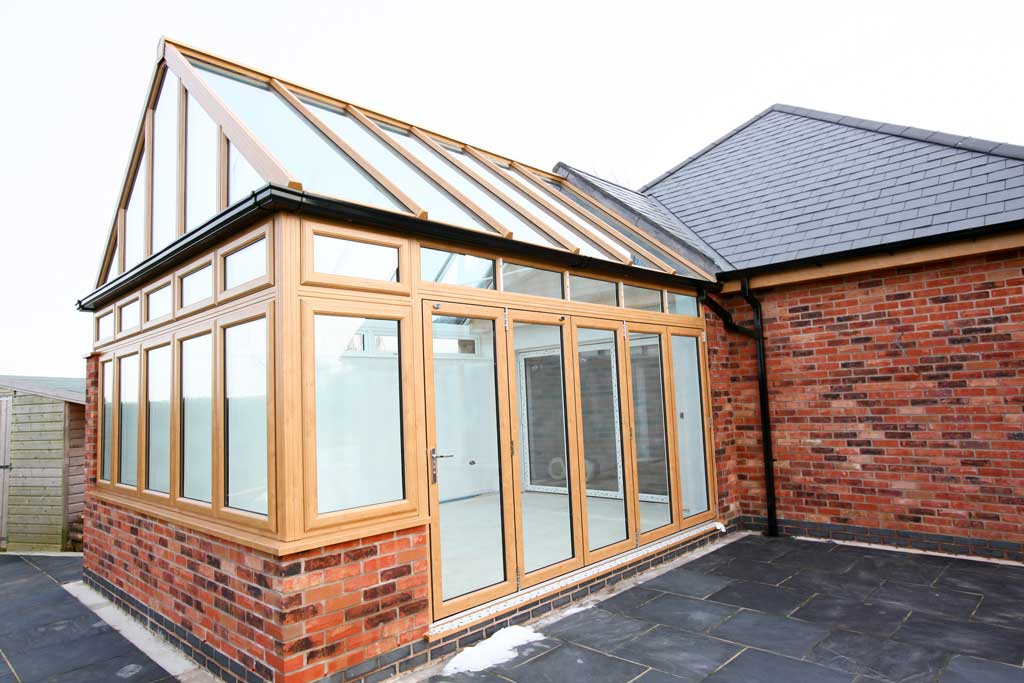https://www.gardenofeden.co.uk/wp-content/uploads/2019/11/Conservatory_32.jpg